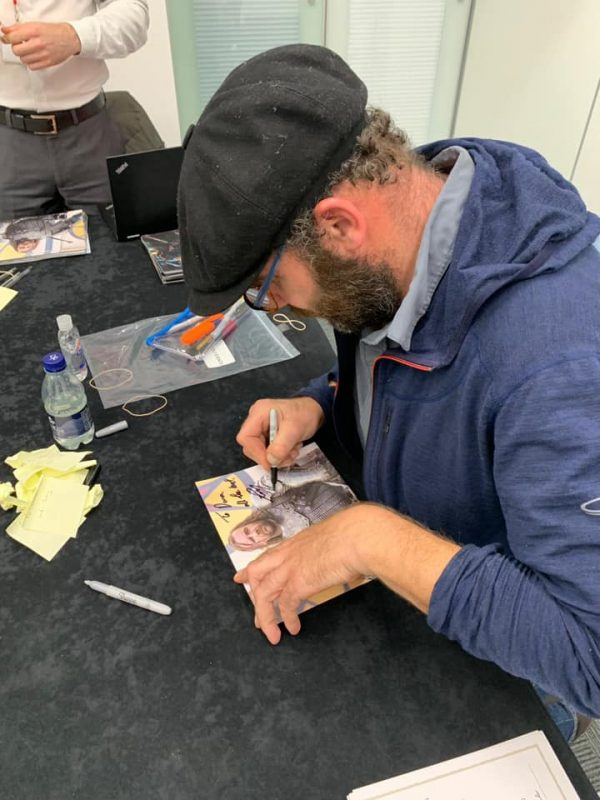 Rory McCann signing my autograph